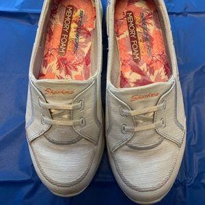 Sketchers slip on Shoes